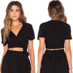 Wildfox Short Sleeve black Wrap Top x-Small